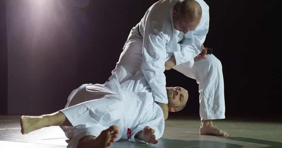 magas vérnyomás és harcművészetek