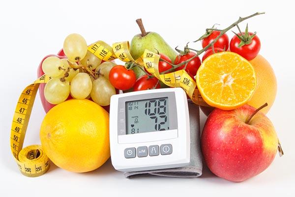 gyümölcslé magas vérnyomás esetén)