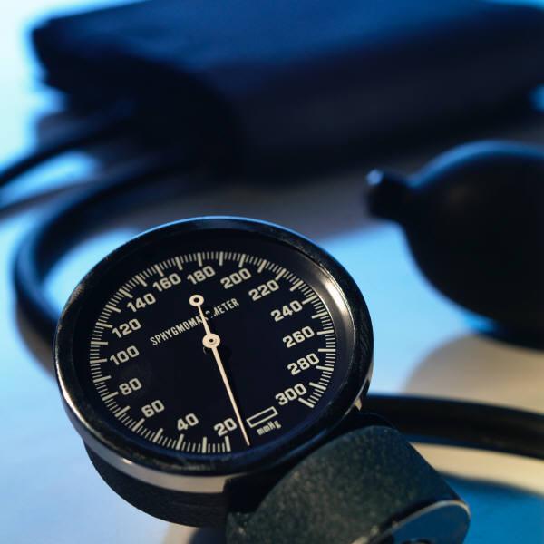 magas vérnyomás és ritmuszavarok kezelése magas vérnyomás lehetséges-e csoportot szerezni