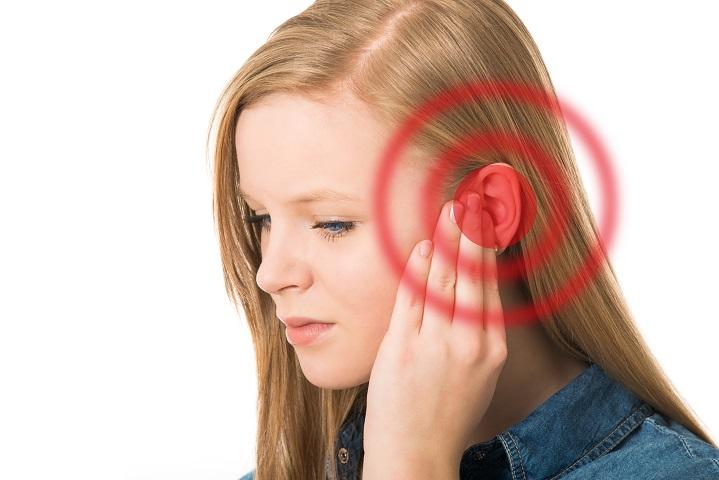az egyik fül magas vérnyomásban ég