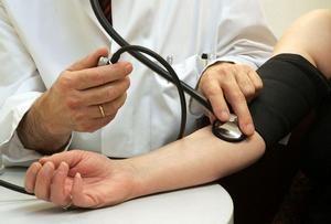 mennyi folyadékot ihat magas vérnyomás esetén