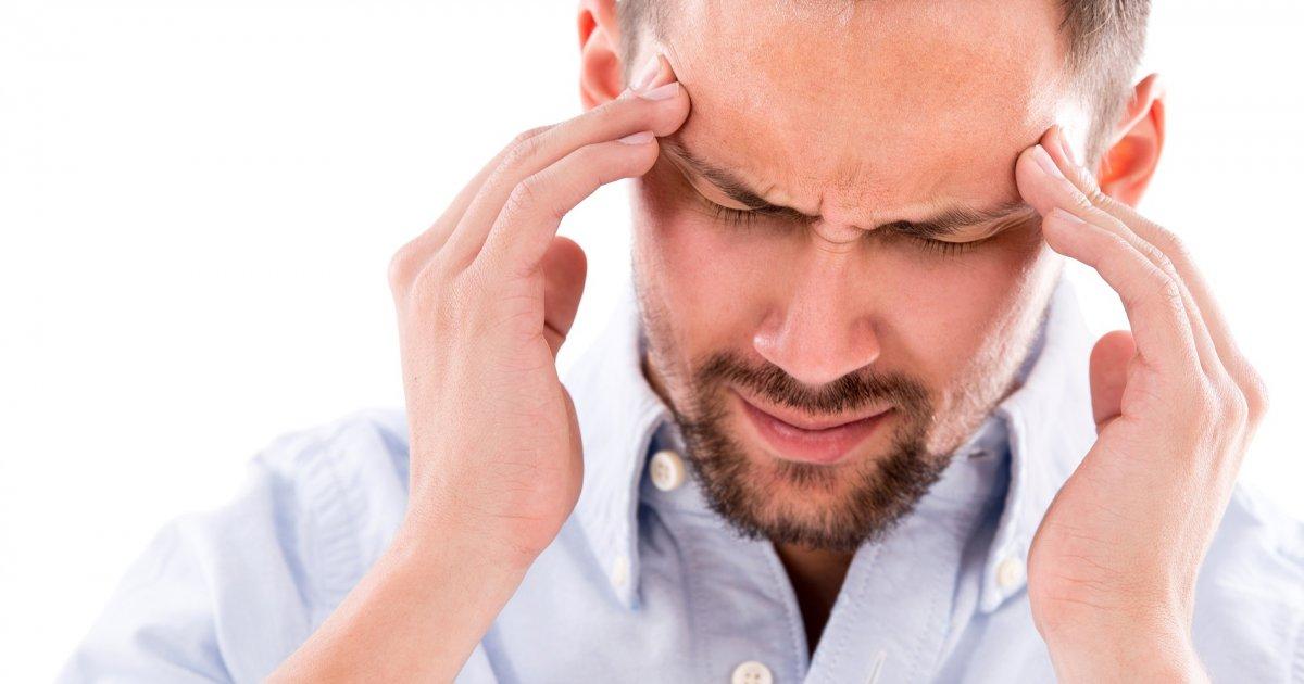 a magas vérnyomásnak gyakran fáj a feje)