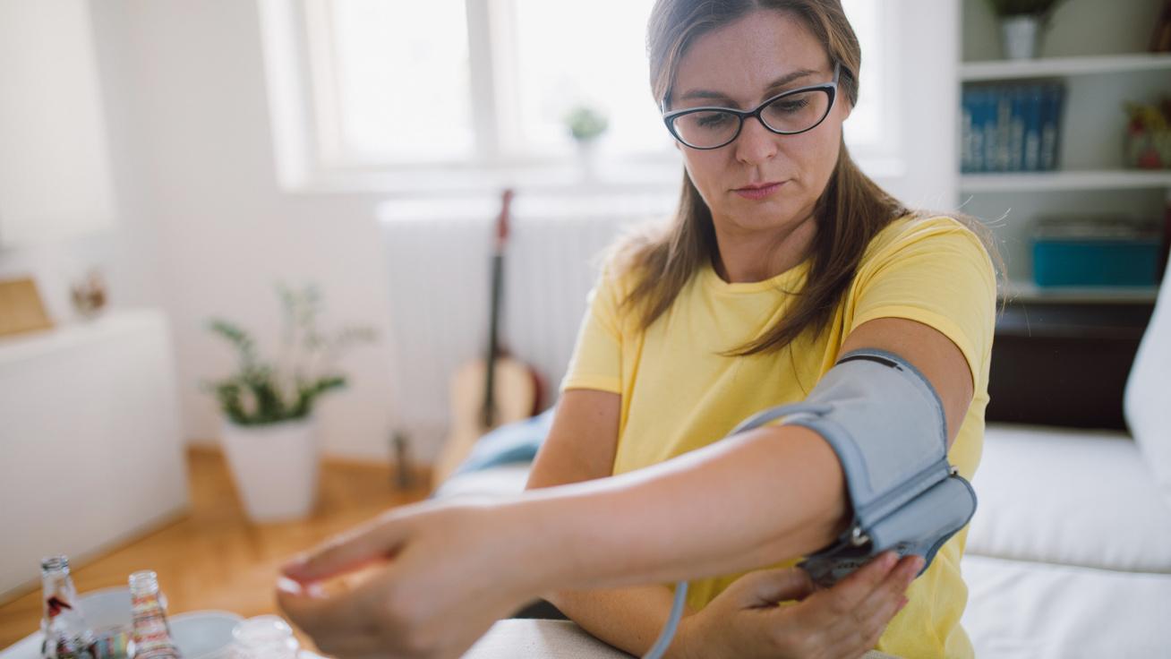 orrvérzés magas vérnyomás esetén mit kell tenni