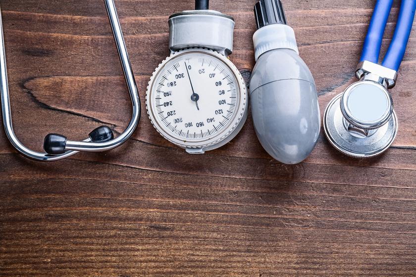krónikus magas vérnyomás tünetei