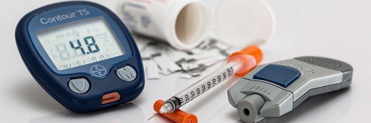 a cukorbetegség és a magas vérnyomás függősége)