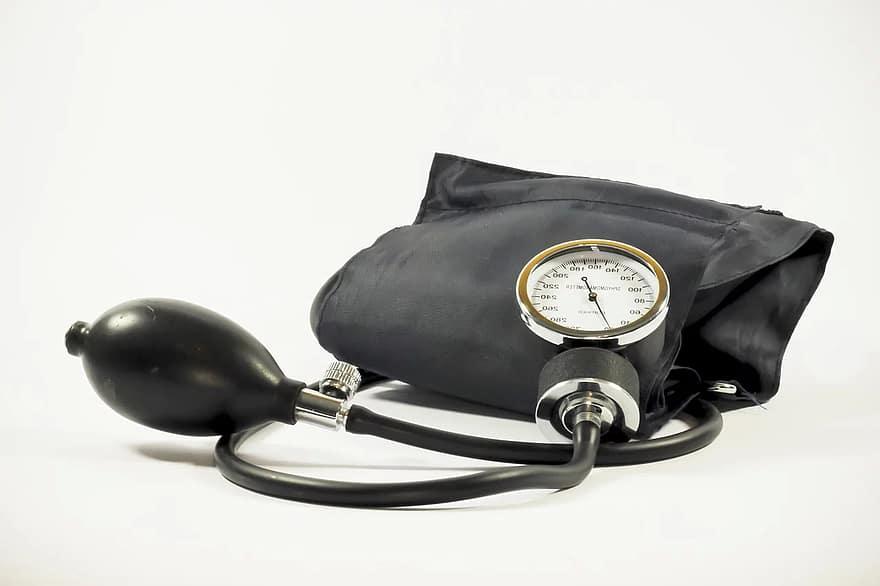 Mi a hipertóniás válság - tünetek és elsősegély-komplikációk