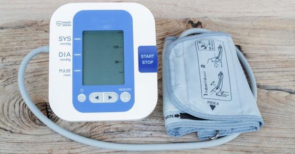 normalizálja a vérnyomás hipertóniáját magas vérnyomás 140 100