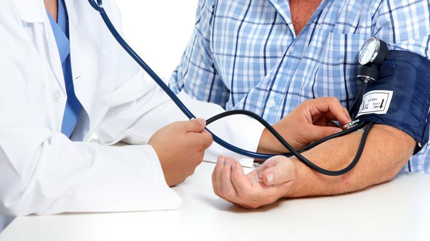 az iszkémia és a magas vérnyomás jelei