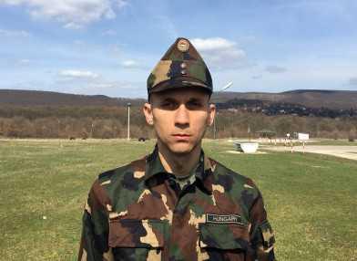 magas vérnyomás katonai szolgálat