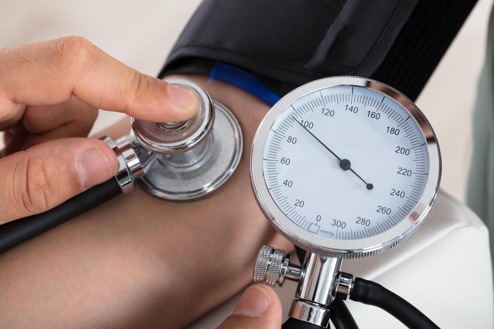 magas vérnyomás és vesebetegség)