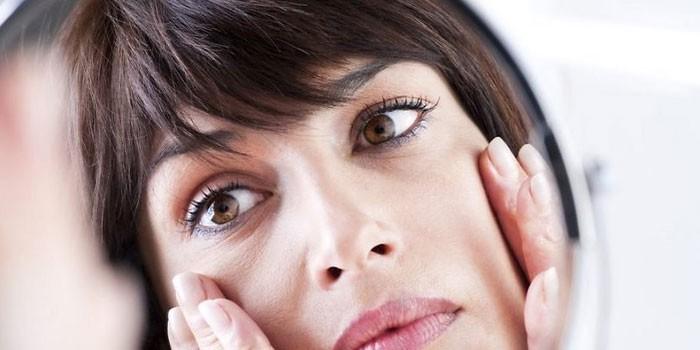 távolítsa el az arc vörösségét magas vérnyomás esetén)