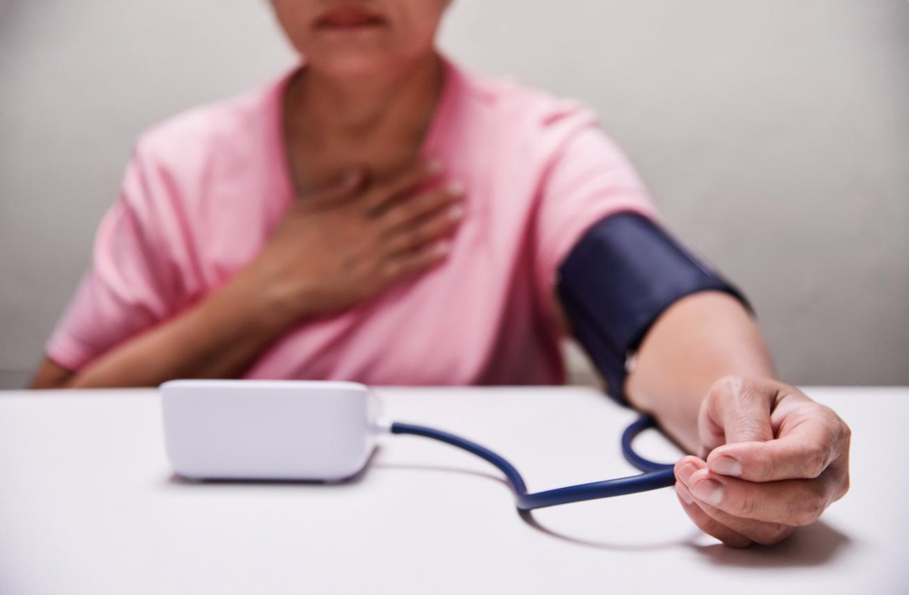 a magas vérnyomás veszélyeztetett szakaszai magas vérnyomás 220-180