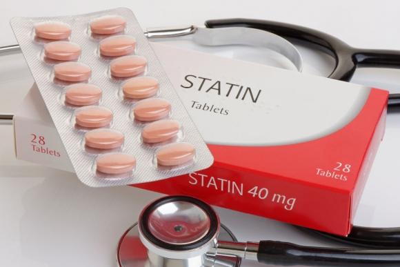 A vérnyomásra is jó hatással van a koleszterincsökkentő tabletta