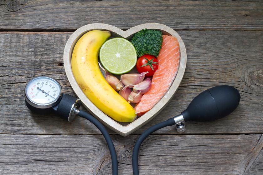 magas vérnyomás 2 evőkanál kockázat 3)