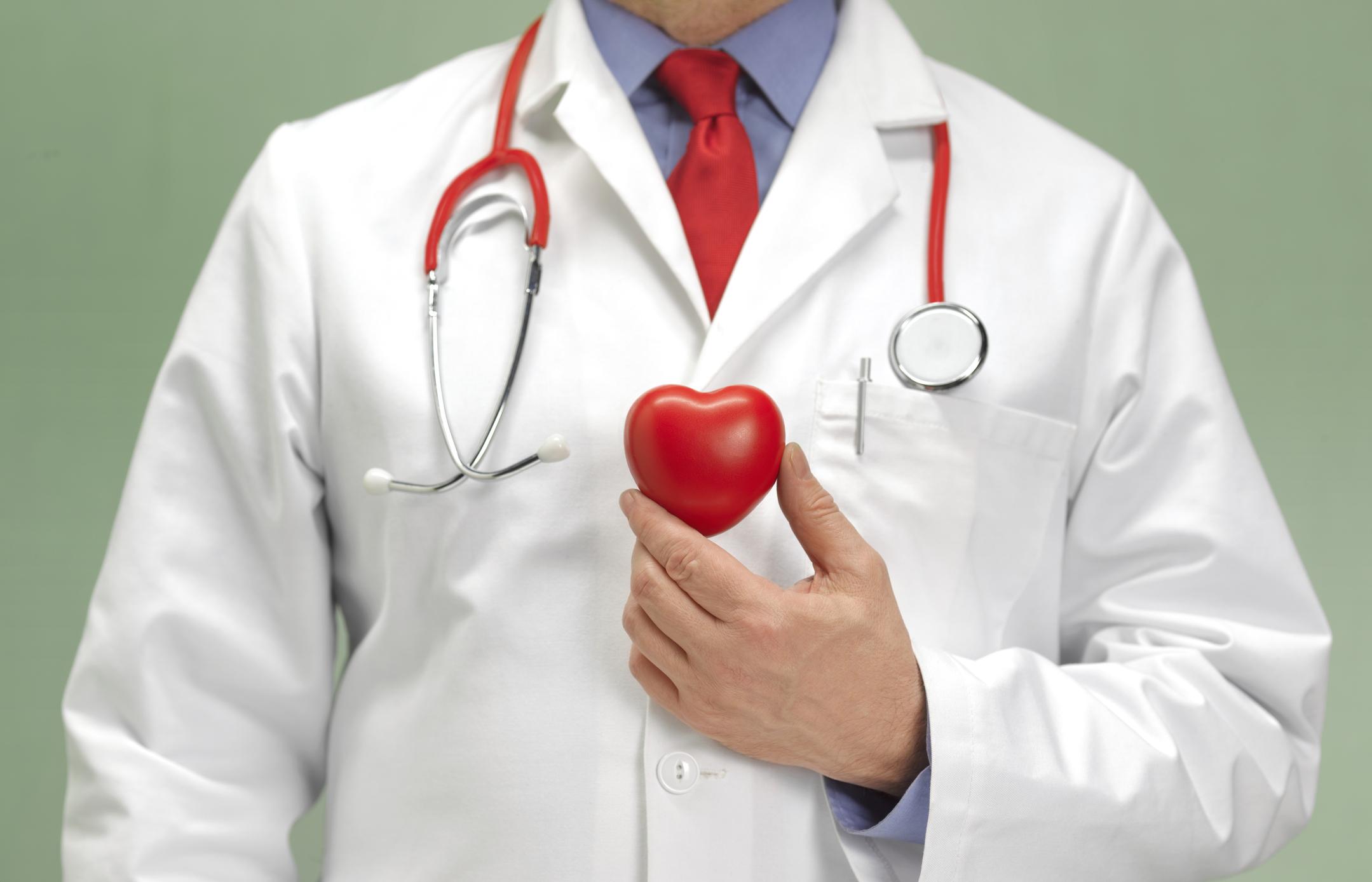 fut a szív és a magas vérnyomás miatt)