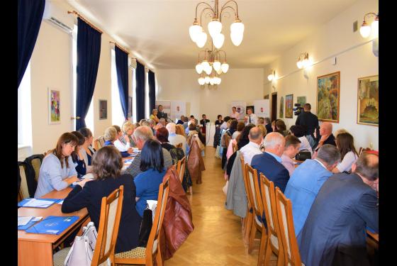 konferencia a magas vérnyomásról)