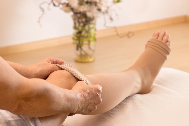 Magas vérnyomás is állhat a folytonos lábdagadás hátterében - rakocziregiseg.hu
